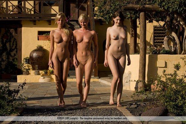 фото голых телок без цензуры