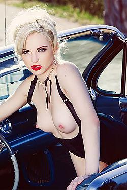 Carissa White Drive Naked
