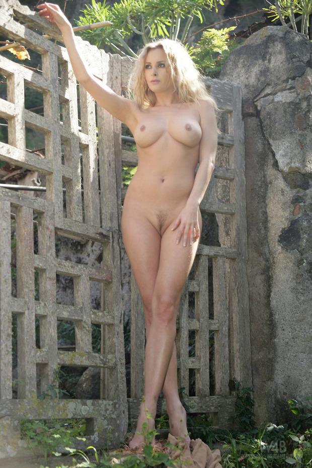 фото польки голые
